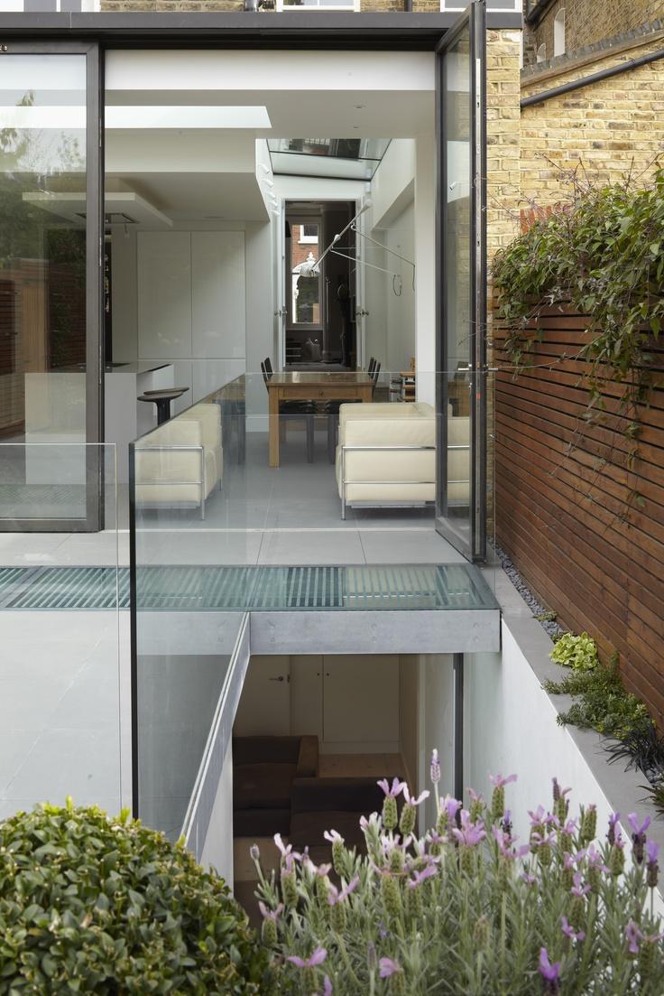 Lighting Basement Washroom Stairs: Optimise Design